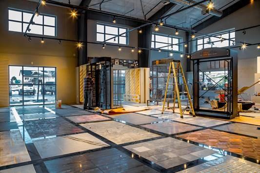 Showroom finish baptista tile stone gallery for Showroom flooring ideas