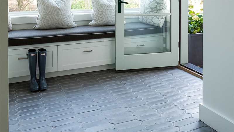 Arto Picket Charcoal Gray